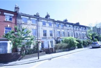 Thumbnail 1 bed flat to rent in Roden Street, Arsenal Holloway