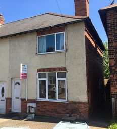 Thumbnail 2 bed town house for sale in Kingston Avenue, Grantham, Lincolnshire