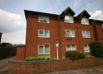 Thumbnail 2 bed flat to rent in Richmond Road, Southampton