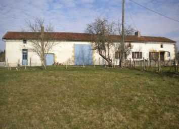Thumbnail 3 bed farmhouse for sale in Poitou-Charentes, Vienne, Pressac