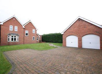 Thumbnail 4 bed detached house to rent in The Crescent, Beckingham, Doncaster