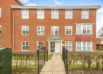 Thumbnail 2 bedroom flat for sale in Cole Green Lane, Welwyn Garden City