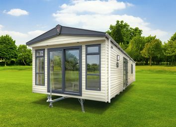 Thumbnail 2 bed mobile/park home for sale in Highashes Lane, Ashover, Chesterfield