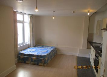 Thumbnail 1 bedroom flat to rent in 263 Crawley Green Road, Luton