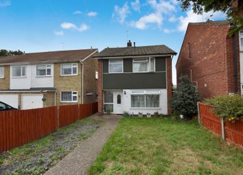 Thumbnail 3 bed detached house to rent in St Johns Road, Clacton On Sea, Essex