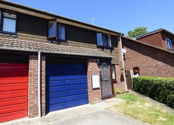 Thumbnail 3 bed property to rent in Agincourt Close, Wokingham