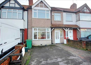 Thumbnail 4 bed terraced house to rent in Meadowbank Road, London