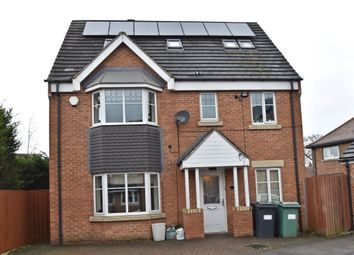 Thumbnail 6 bed detached house for sale in Fern View, Cleckheaton