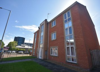2 bed flat to rent in Clayburn Street, Hulme, Manchester M15