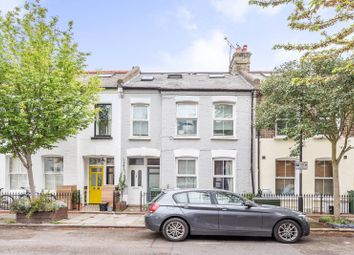 1 bed flat to rent in Goldsboro Road, Vauxhall, London SW8