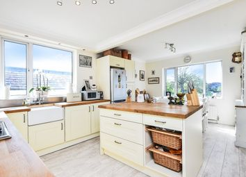 Thumbnail 2 bed flat for sale in The Elms, Friern Park, London