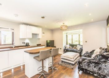 Thumbnail 1 bedroom flat to rent in Maple Gate, Loughton
