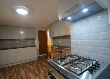 6 bed terraced house to rent in Richmond Avenue, Hyde Park, Leeds LS6
