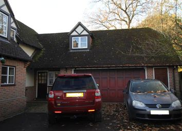 Thumbnail 1 bed flat to rent in Hopgoods Green, Bucklebury, Reading