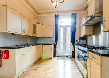 Thumbnail 2 bed flat to rent in Rosebery Road, Clapham Park