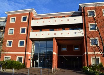 Thumbnail 1 bed flat to rent in Rushley Way, Reading