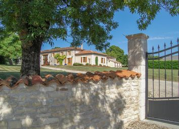 Thumbnail 3 bed country house for sale in Bresdon, Charente-Maritime, 17490, France