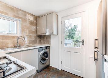 Mosslea Road, London SE20. 1 bed flat for sale