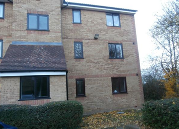 Thumbnail 2 bed flat to rent in Redford Close, Bedfont