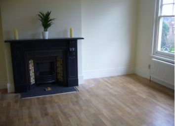 2 bed maisonette to rent in Cholmeley Crescent, Highgate N6
