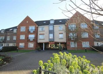 Thumbnail 1 bedroom flat to rent in Denmark Road, Carshalton