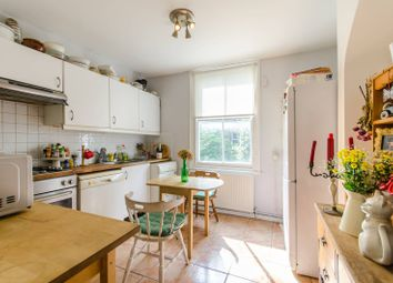 2 bed flat for sale in Plympton Road, Brondesbury, London NW6