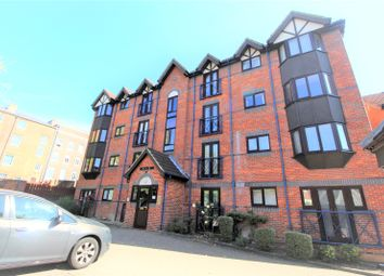 Thumbnail 2 bed flat for sale in Talbot Court, Reading, Berkshire