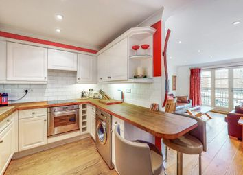 Victory Place, London E14. 2 bed flat