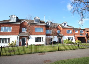 Thumbnail 2 bed flat to rent in Springhead Court, Hotham Road South, Hull
