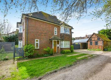 Thumbnail 2 bed flat for sale in The Platt, Amersham, Buckinghamshire