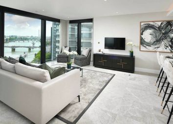 The Dumont, Albert Embankment, London SE1. 3 bed flat for sale