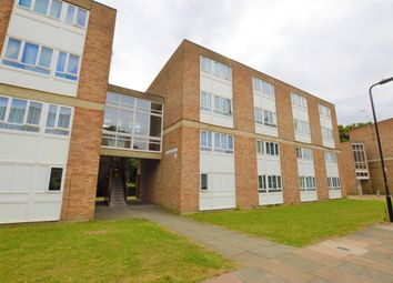 3 bed flat to rent in St. Marys Avenue North, Southall UB2