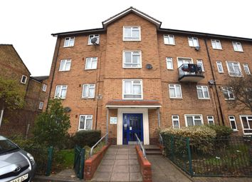 Thumbnail 1 bedroom flat for sale in Thornehill Gardens, Leyton