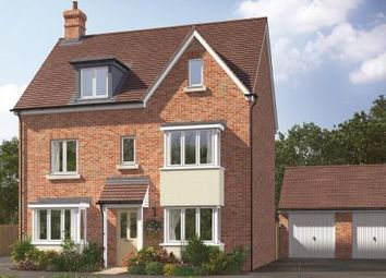Thumbnail 5 bed detached house for sale in Kingsfield Park, Aylesbury, Buckinghamshire
