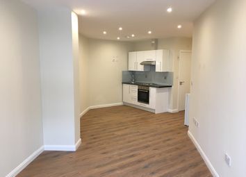 Thumbnail 1 bed flat to rent in Vaughan Way, Leicester