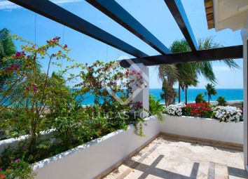 Thumbnail 3 bed villa for sale in Spain, Andalucía, Costa Del Sol, Marbella, Estepona, Mrb8033