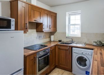 Thumbnail 2 bed flat to rent in Gladstone Street, York