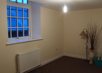 Thumbnail 2 bed flat to rent in Bolton Brow, Sowerby Bridge