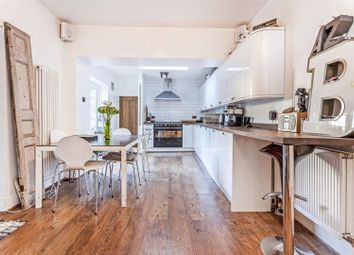 Thumbnail 2 bed flat for sale in Rockbourne Road, London