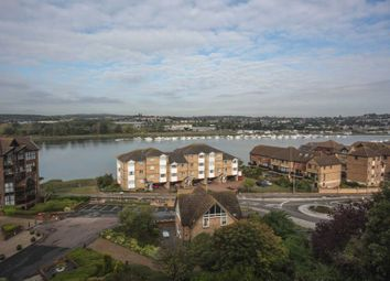 3 bed town house to rent in Sealand Court, Esplanade, Rochester ME1