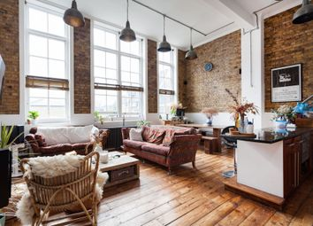 Thumbnail 3 bed flat for sale in Principle Square, Hackney