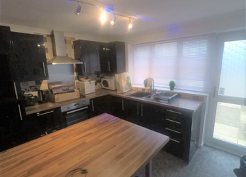 Thumbnail Room to rent in Waldale Drive, Leicester