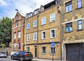 Thumbnail Flat for sale in Cleveland Way, London