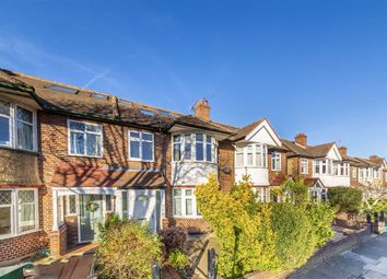 4 bed property to rent in Chalfont Way, London W13