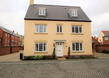 Thumbnail 5 bed detached house for sale in Catterick Road, Bicester