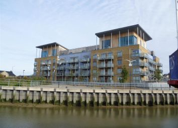 Thumbnail 4 bed flat to rent in Quayside Drive, Colchester