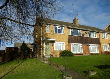 Thumbnail 2 bed flat to rent in Mortimer Rise, Tring