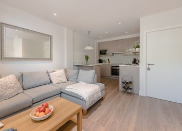 Thumbnail 1 bed flat to rent in Ridgmont Plaza, Ridgmont Road, St. Albans