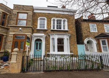 Thumbnail 4 bed property to rent in Barclay Road, London