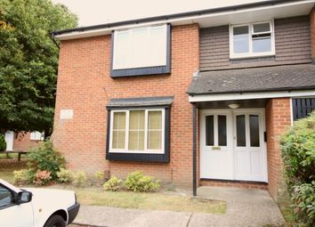 Thumbnail Studio to rent in Brantwood Way, Orpington